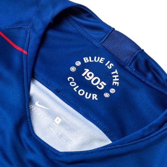 Chelsea trøje 2018-19 Blue is the colour