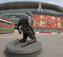 Thierry Henry statue - Ronnie Macdonald - FLICKR
