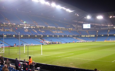 Inden for på Etihad Stadium - psgmag.net - flickr