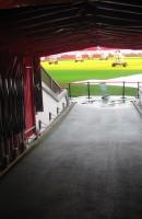 Old Trafford Spillertunnel - Premier League Billetter- Alex Jilitsky - flickr