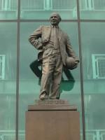 Sir Matt Busby statue - edd.ie - flickr