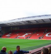 Anfield Pitch Side - Stadium Tour - Stuart Frisby¨