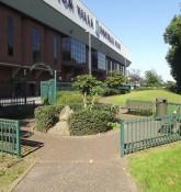 Witton Lane Gardens - udenfor Villa Park - Witton Lane, Doug Ellis Stand - ell brown - flickr.com