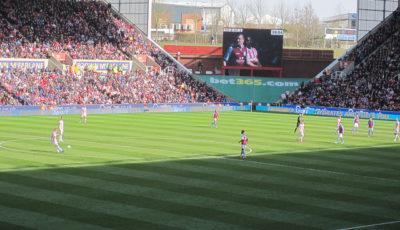 Åbne sider på Britannia - Stoke City - apasciuto - flickr