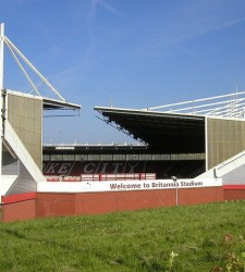 Britannia Stadium udefra - yellow book - flickr