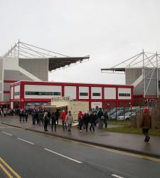 Stoke City - Britannia udefra - Ronnie Macdonald - flickr